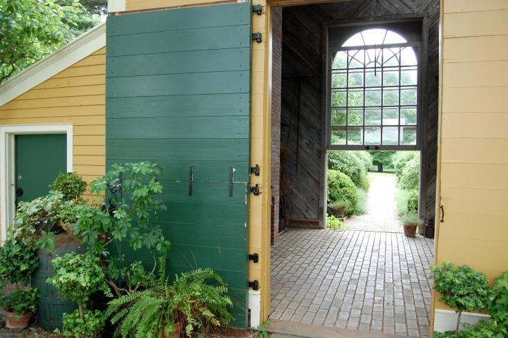 Horizontal double plank door