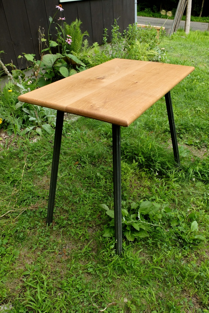 white oak top with spindle legs