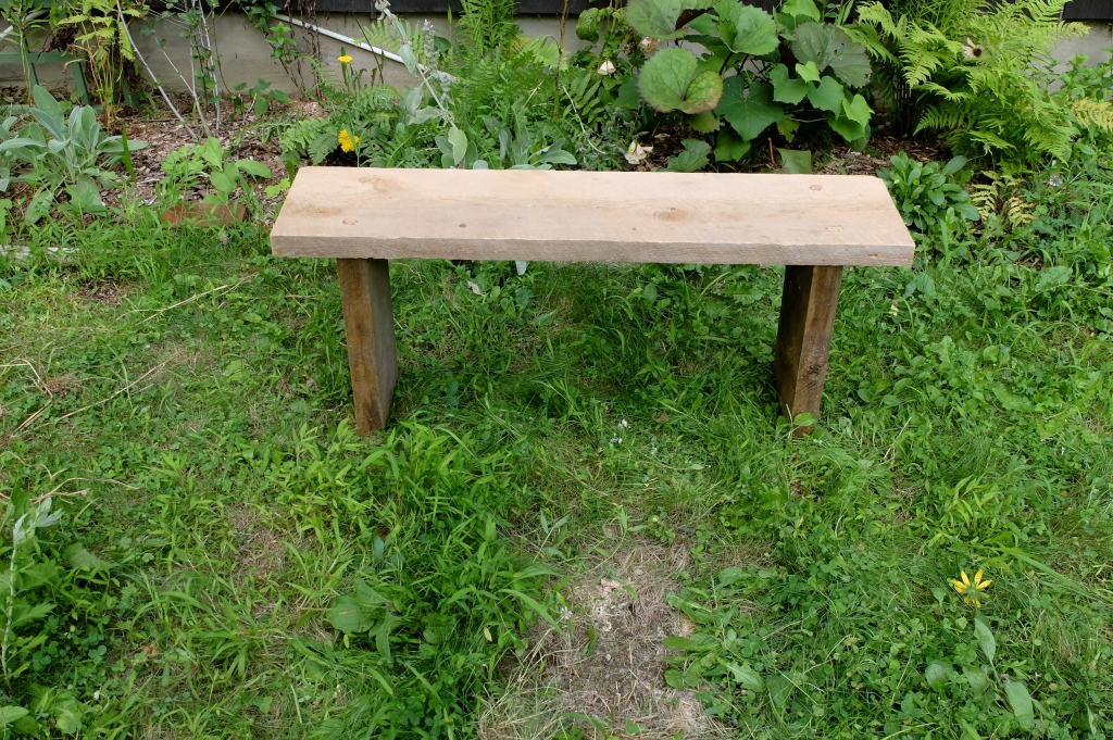 Pine Bench with Dowels